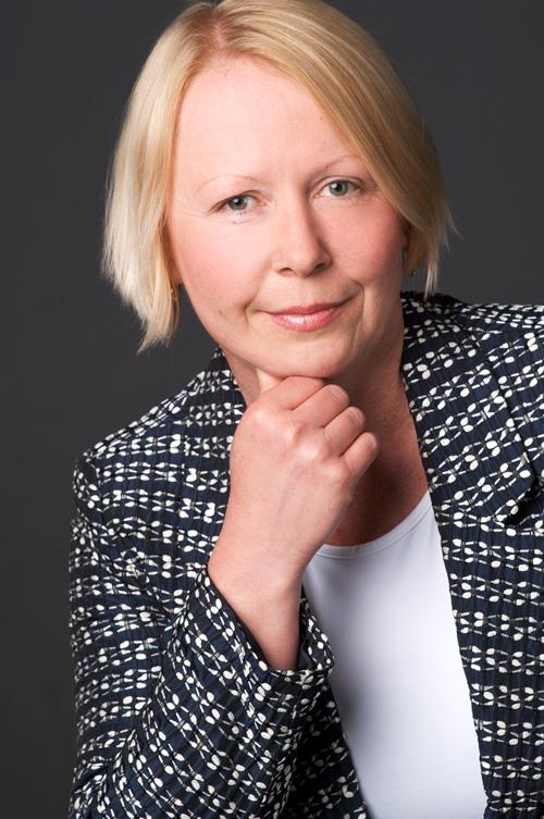 Dr. Annett Gauruder-Burmester