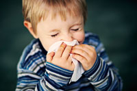 Boy-sneezing-iStock_Imgorth